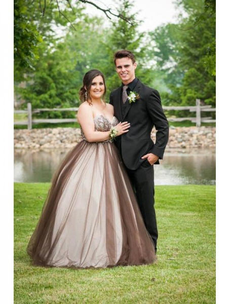 Ball Gown Sweetheart Beading Floor-Length Tulle Plus Size Dress